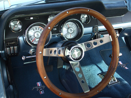 New_Instrument_And_Steering_Wheel_View